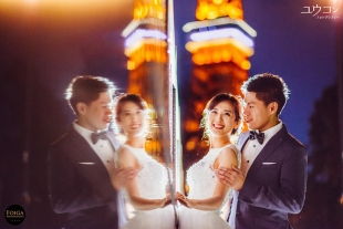 Pre-wedding photo in wedding dress with Tokyo Tower