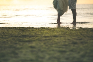 Beautiful photoshoot during sunset at the beach