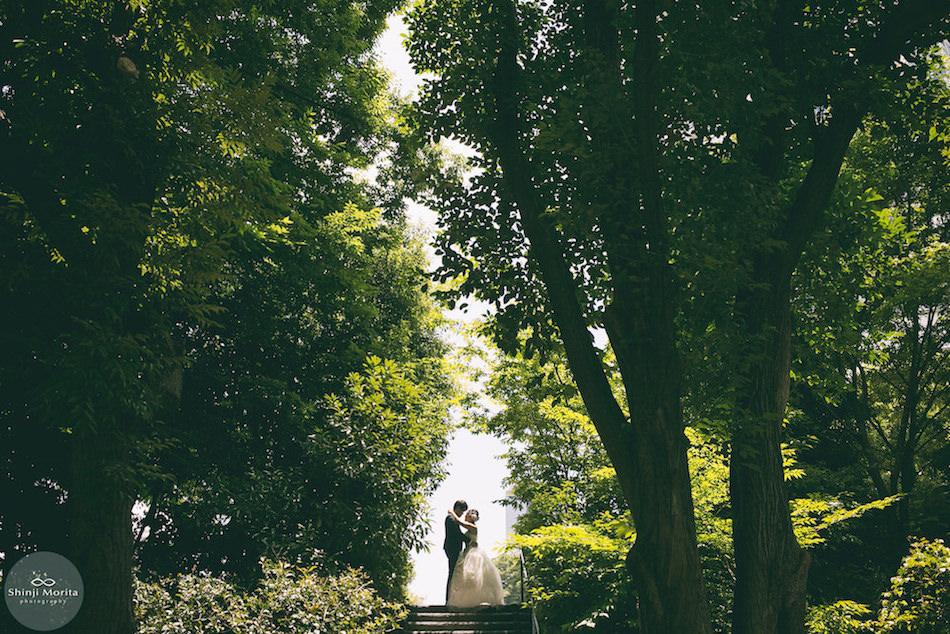 Pre-wedding photo at Tokyo Tower by Shinji